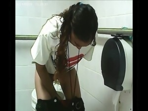 mature in toilet pissed black cock