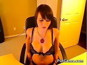 fingering girl on web cam