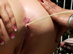 hot lesbian babes squirting cunts