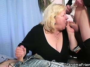 mom deep throat sex story