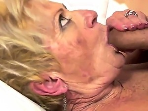 mature natural breast porn video lactation