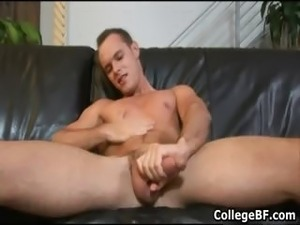 Devin Adams wanking his fine college part2