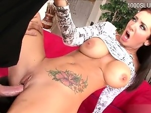 Horny pussy first facial