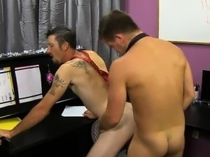 Twink movie He finds himself on his knees, throating Drake\'s