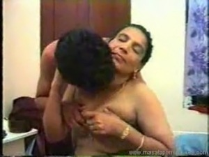 Hot desi aunty sex