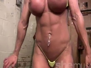 videos gym blowjob