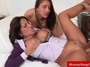 porn videos boy gropes his mommie