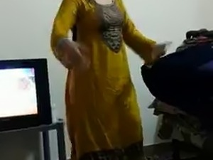 Pakistani big breasts