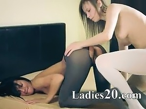 Teens in pantyhose movies