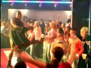naked teens dancing video
