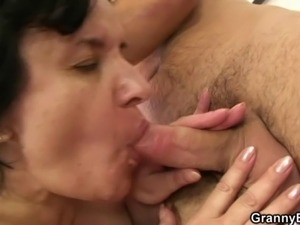 mature mom fucking black cock