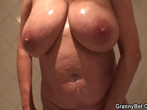 boobs mom gallery