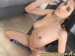 asian xxx peeing