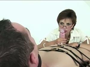free lady sonia blowjob video