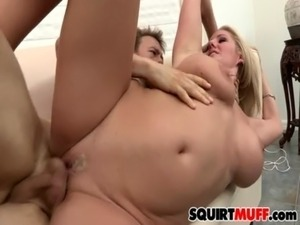 pussy squirting female