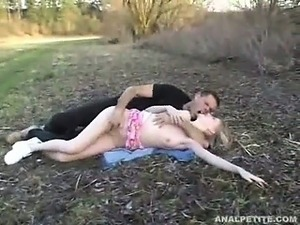 outdoors couples video exotic
