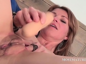 son watching porn movie with mom