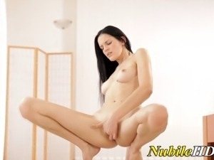 girl solo orgasm dildo toying vids