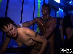 Gorgeous gals wants to fuck the army dancer