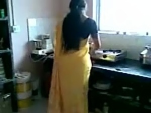 Big ass in saree