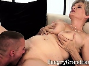 Amateur granny fucked by horny pro