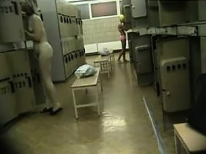teen girls voyeur shower
