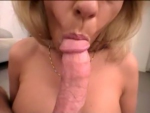 porn mommie lets little son fuck