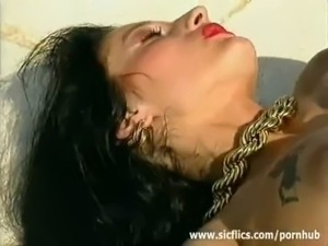 free hot babes fucked video