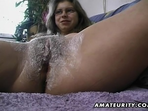 hardcore housewife amateur handjobs