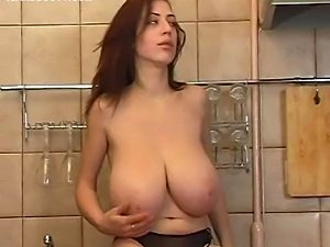 girl fuck in kitchen