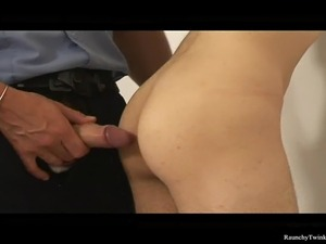 ebony police lady sucking dick video