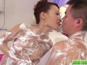 japanese wife fucking huge dick