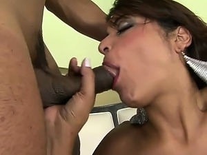 Sexy Brazilian chick blowing big cock