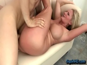 Anal Fucking Blonde MILF Zoey Holiday - SquirtHD.com free