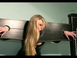 pussy slave girl