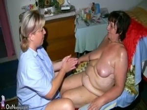 Chubby granny and fat milf masturbating with dildo free