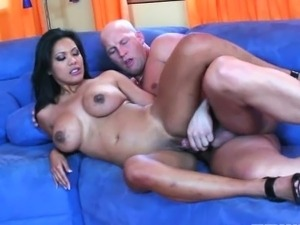 Fillipina slut Allanah Li gets her Asian pussy fucked