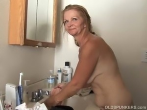 asian milf shaven pussy video