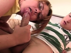 girlfriends mom wants to fuck mme