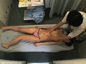 massage japanese girl
