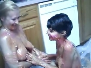 messy girls having sex