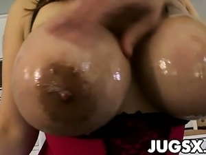 Busty asian pornstar Tiger Benson