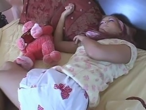 videos sleeping girls