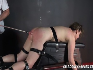 Amateur slave Jannas electro bdsm  in private english dungeon of busty...