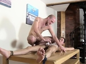leggy dom pussy licked gallery