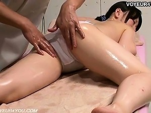 japanese girls massage treat