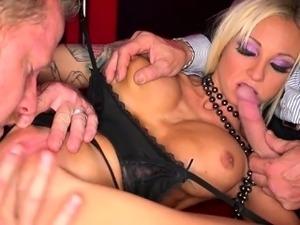 wife suck big cock