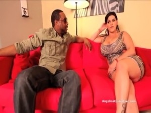 video black guy cums inside milf