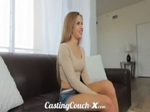 amateur girl caught masturbating on couch