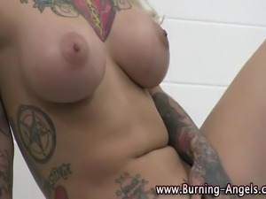 Nude emo girls video